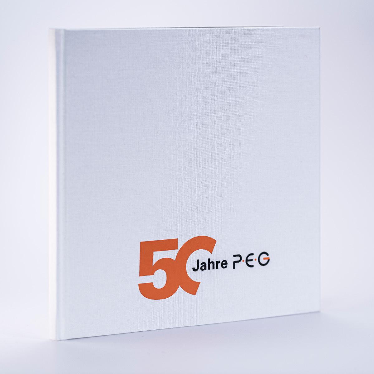 Hochwertiges Hardcover Buch für das Jubiläum der PEG.
