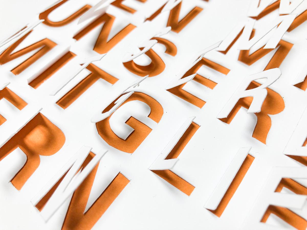 Entwurf einer modernen Titelseite für die Festschrift der PEG mit 3D-Effekt.