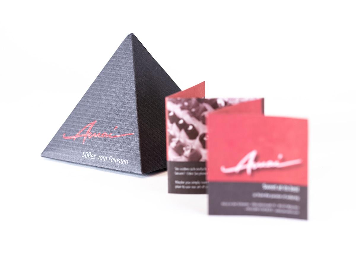 Design von Pralinenverpackungen für die Konditorei Amai