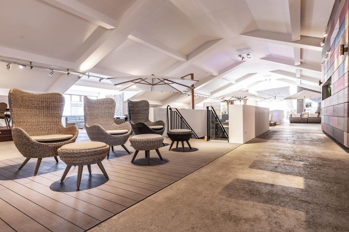 Interiorfotografie eines Showrooms für Gartenmöbel.