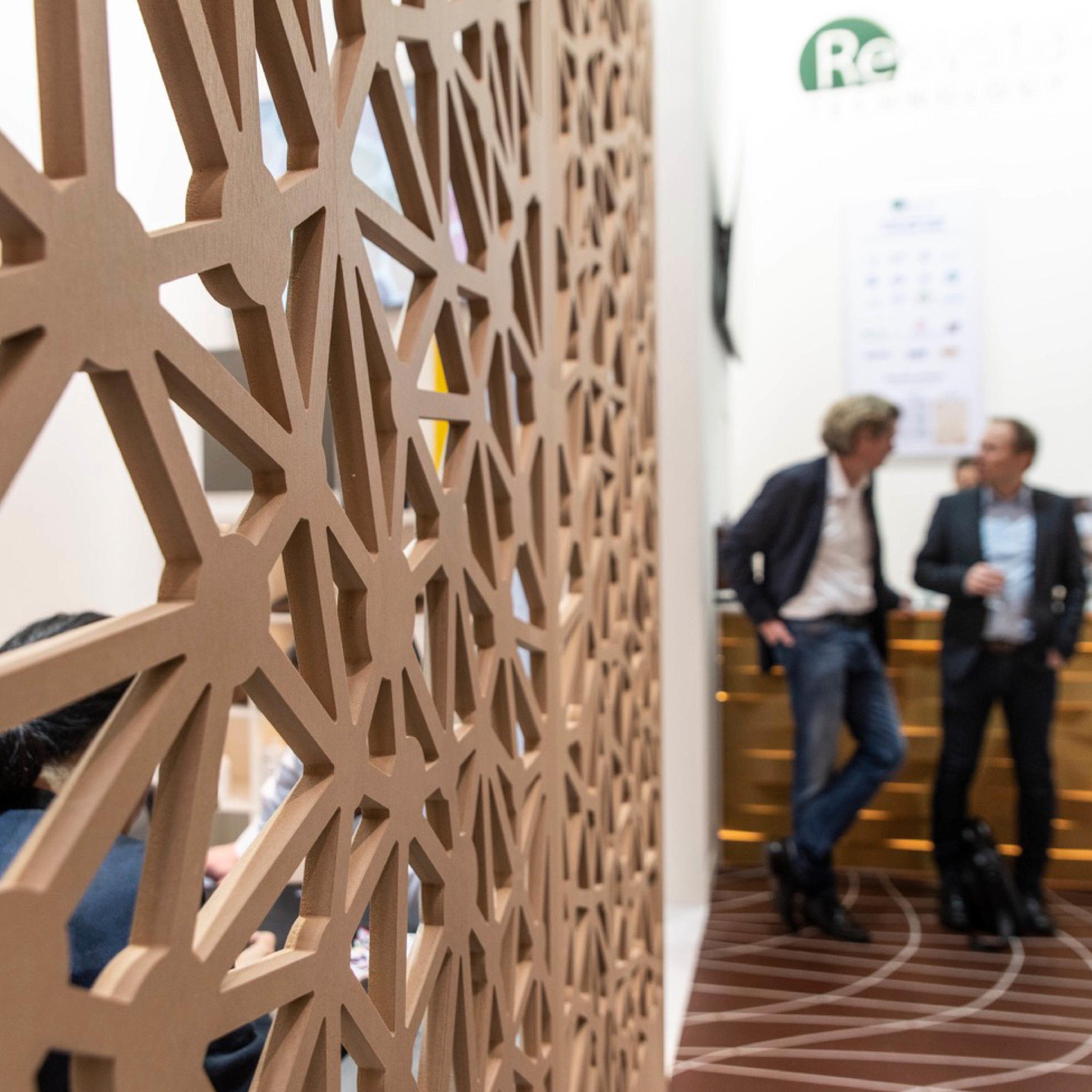 Design einer modernen Fassade für den Messestand von Resysta Technology